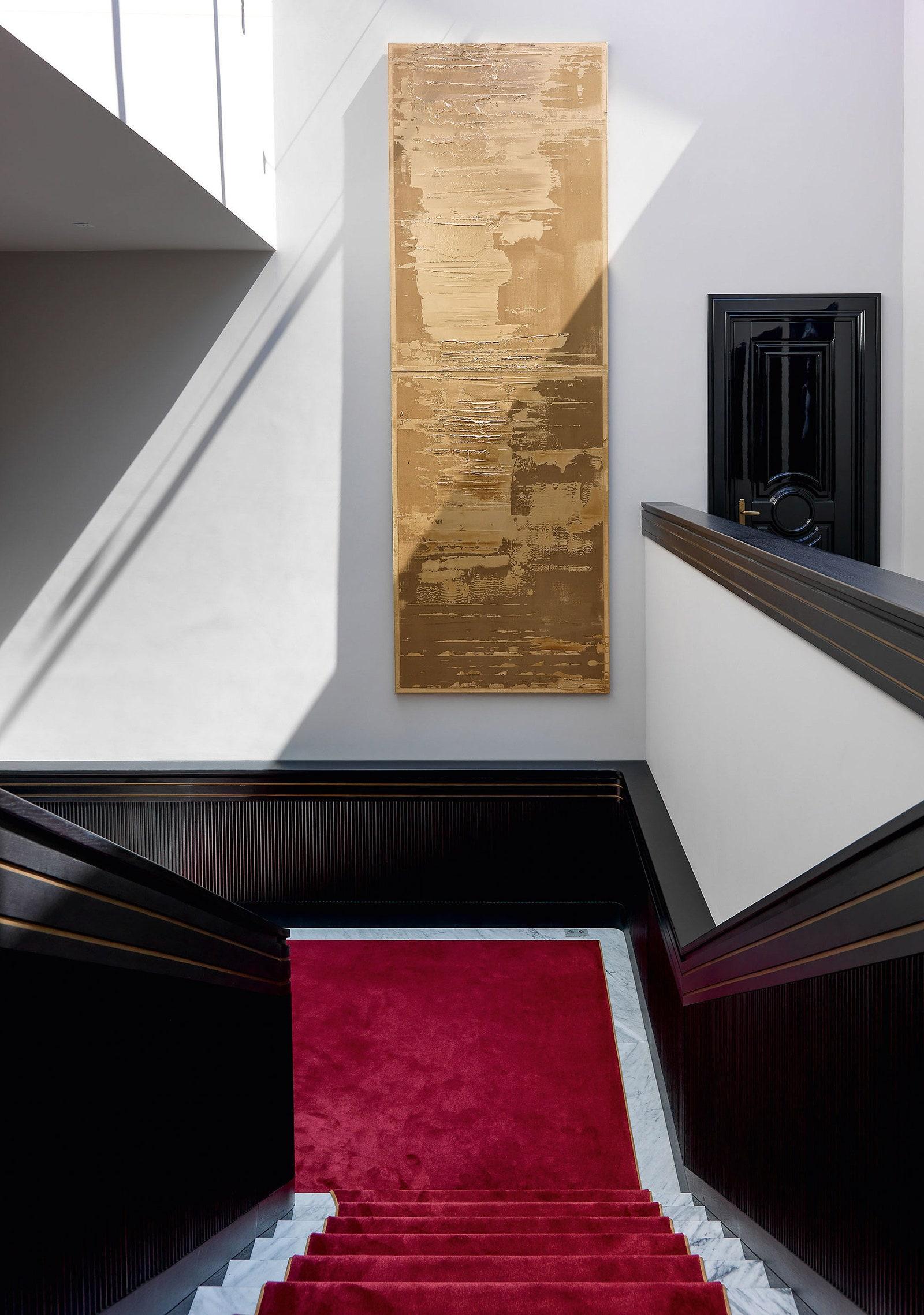 .  .      Bronze   Fifth Avenue   Art de Vivre.   .   .