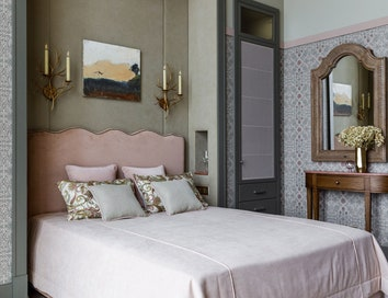 Как оформить спальное место в маленькой комнате: 8 примеров
