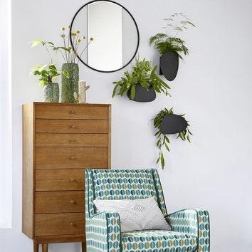 Озеленяем квартиру: 20 кашпо и подставок для домашнего сада