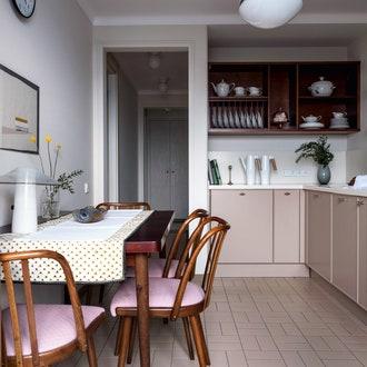 Маленькая кухня: 8 приемов, как сделать ее больше