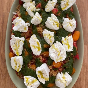 Дело вкуса: рецепт салата с помидорами и моцареллой от Кристофа Мишалака