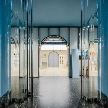 Флагманский магазин Off-White в Париже