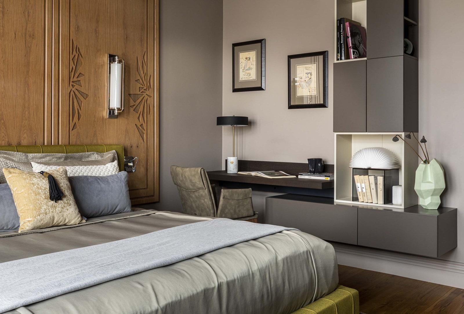 .      Molteni  Visual Comfort amp Co.  Loffilab  Family Hall  Benjamin Moore.