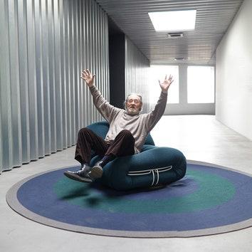 Cassina вновь выпускает кресла и диваны Soriana по дизайну Афры иТобиа Скарпа
