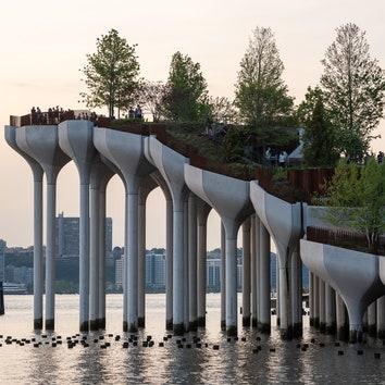 В Нью-Йорке открылся парк на воде по проекту Томаса Хизервика