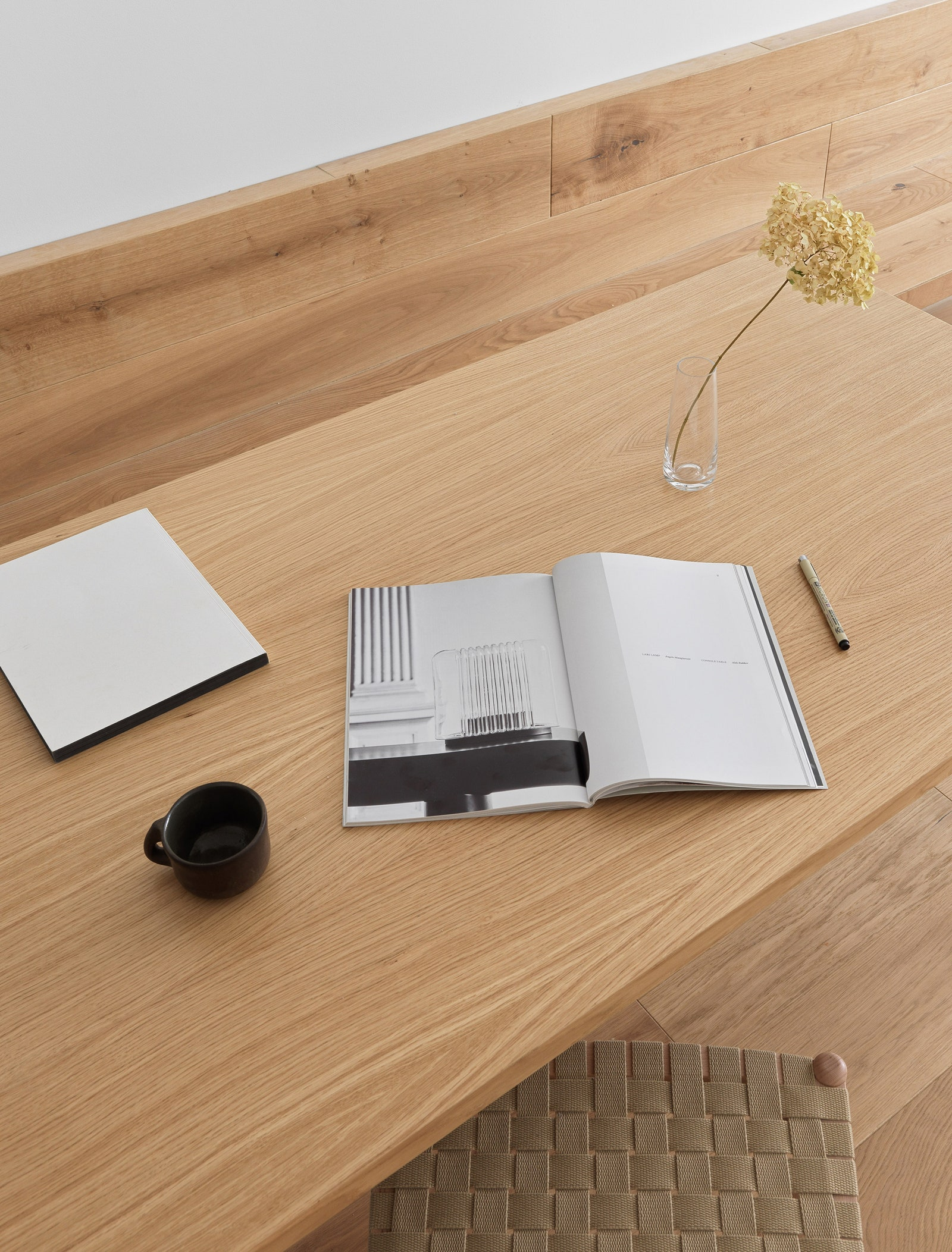 Andreu World    IKEA           Finex   .