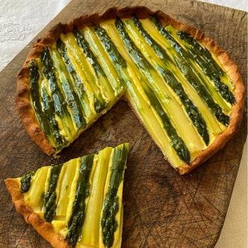 Дело вкуса: рецепт пирога со спаржей от Элен Дарроз
