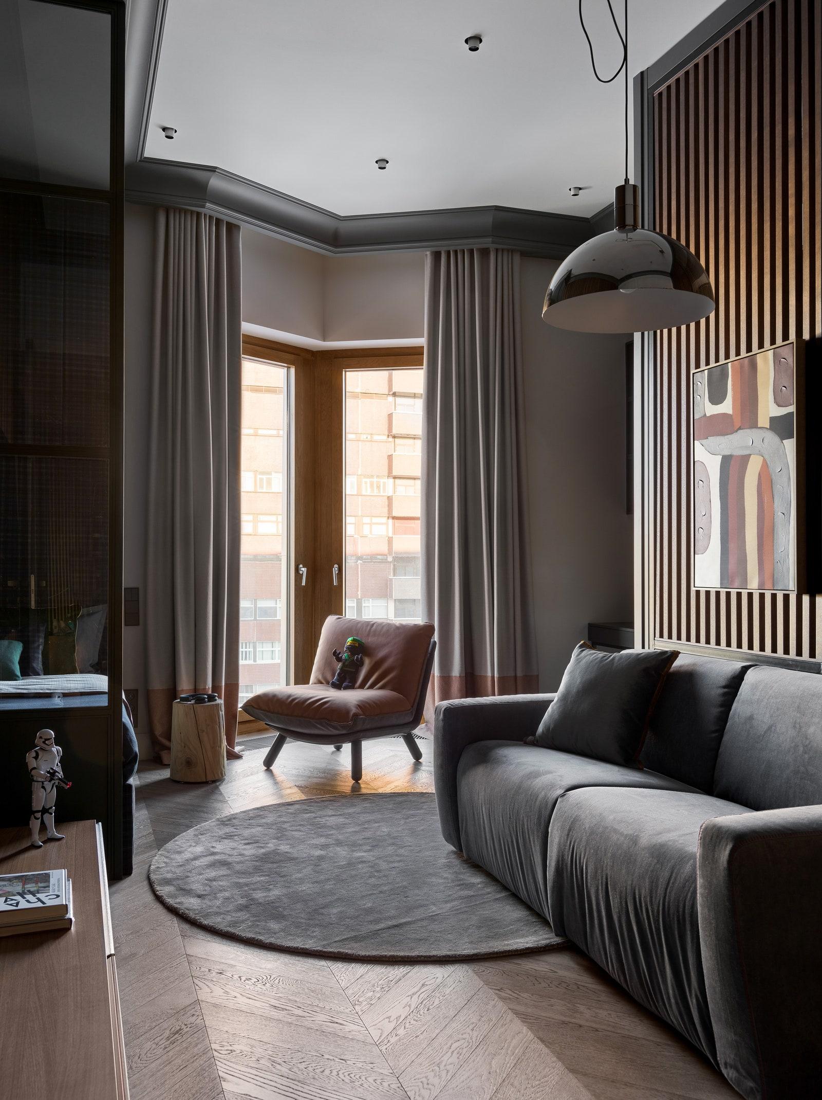 LL Brown  Tyson Felis    BoConcept   Legno Vivo           Nemo  Scanddyy  Barcelona Design  Enere  Moonstores  Barcelona...