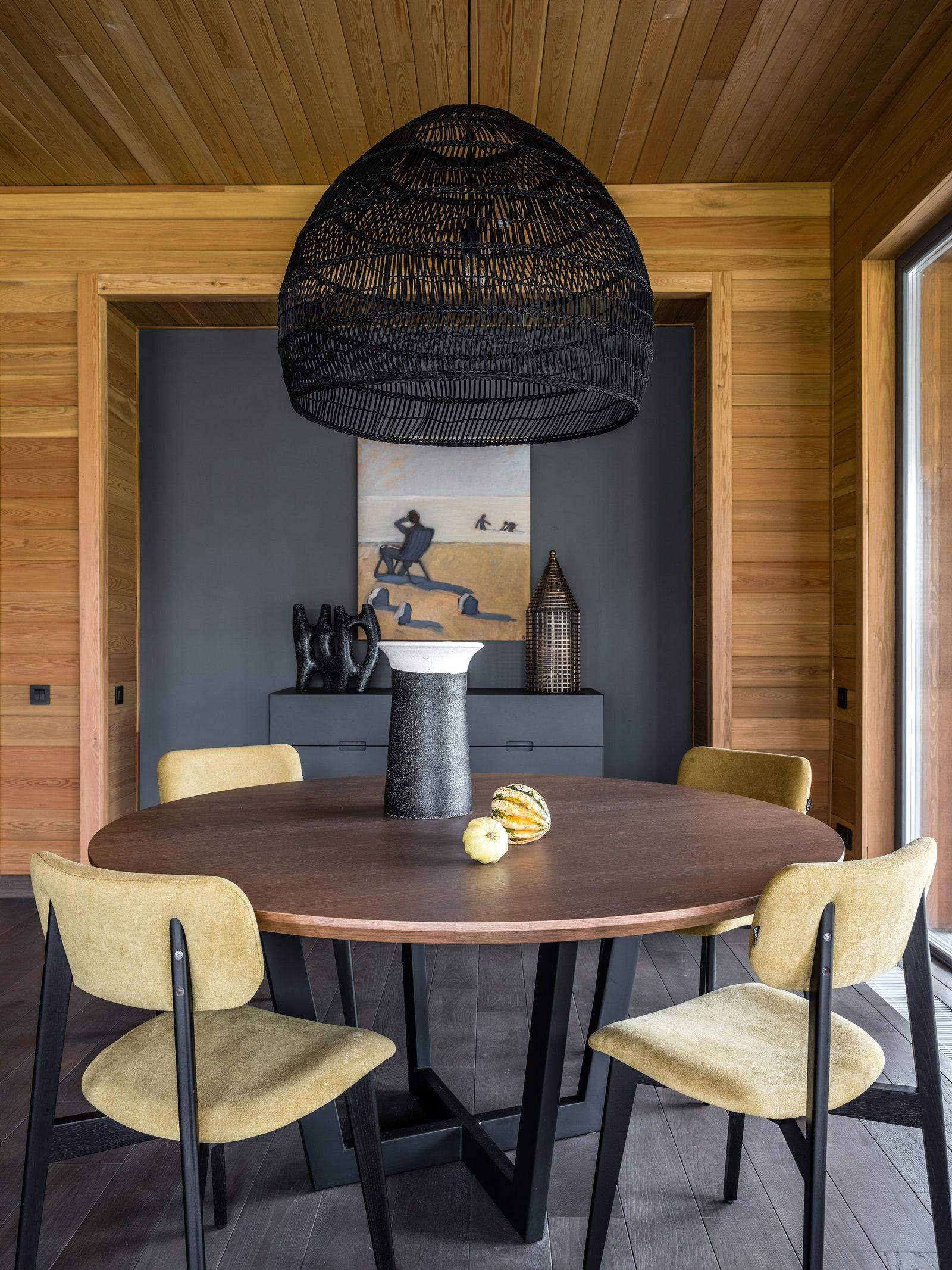 .        Alexey Tiskin  SK Design c HK Living          .      Moonstores.