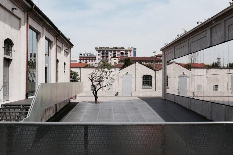 Fondazione Prada  .