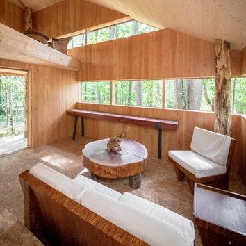 Деревянный парковый павильон во Франции