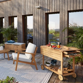 Открываем дачный сезон: аксессуары и мебель для сада