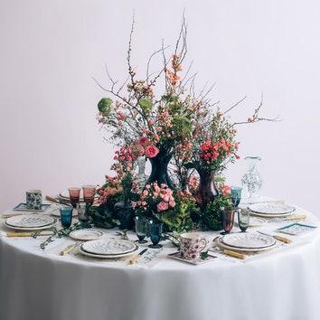 Новая коллекция посуды с цветочными мотивами от Dior Maison
