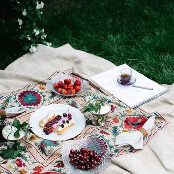 Все для пикника: 15 предметов для красивого отдыха на природе