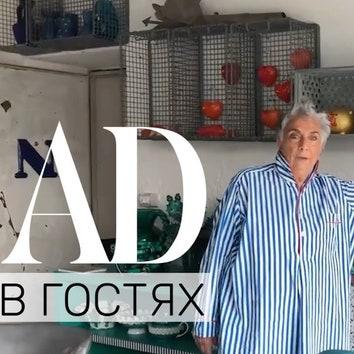 В гостях у дизайнера Паолы Навоне: квартира в бывшем механическом цехе в Милане