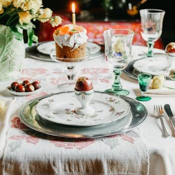 Как сервировать стол на Пасху: 11 необходимых аксессуаров