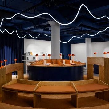 Бюро Snøhetta разработало интерьер для поп-ап-магазина в Осло