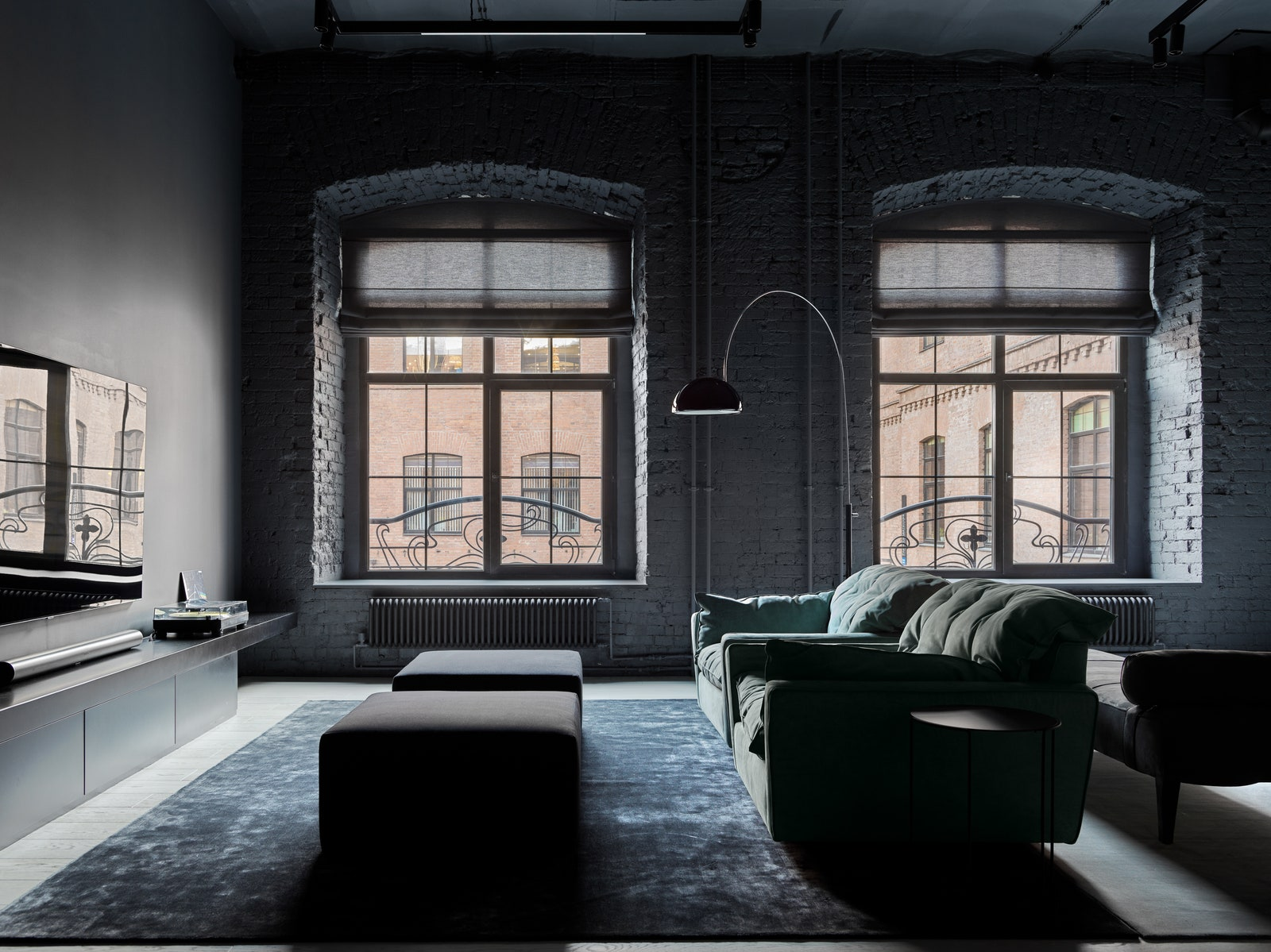 .    Baxter  Walter Knoll    RDP Home     Oluce    M Carpet Atelier   Artique.      Benjamin Moore    .