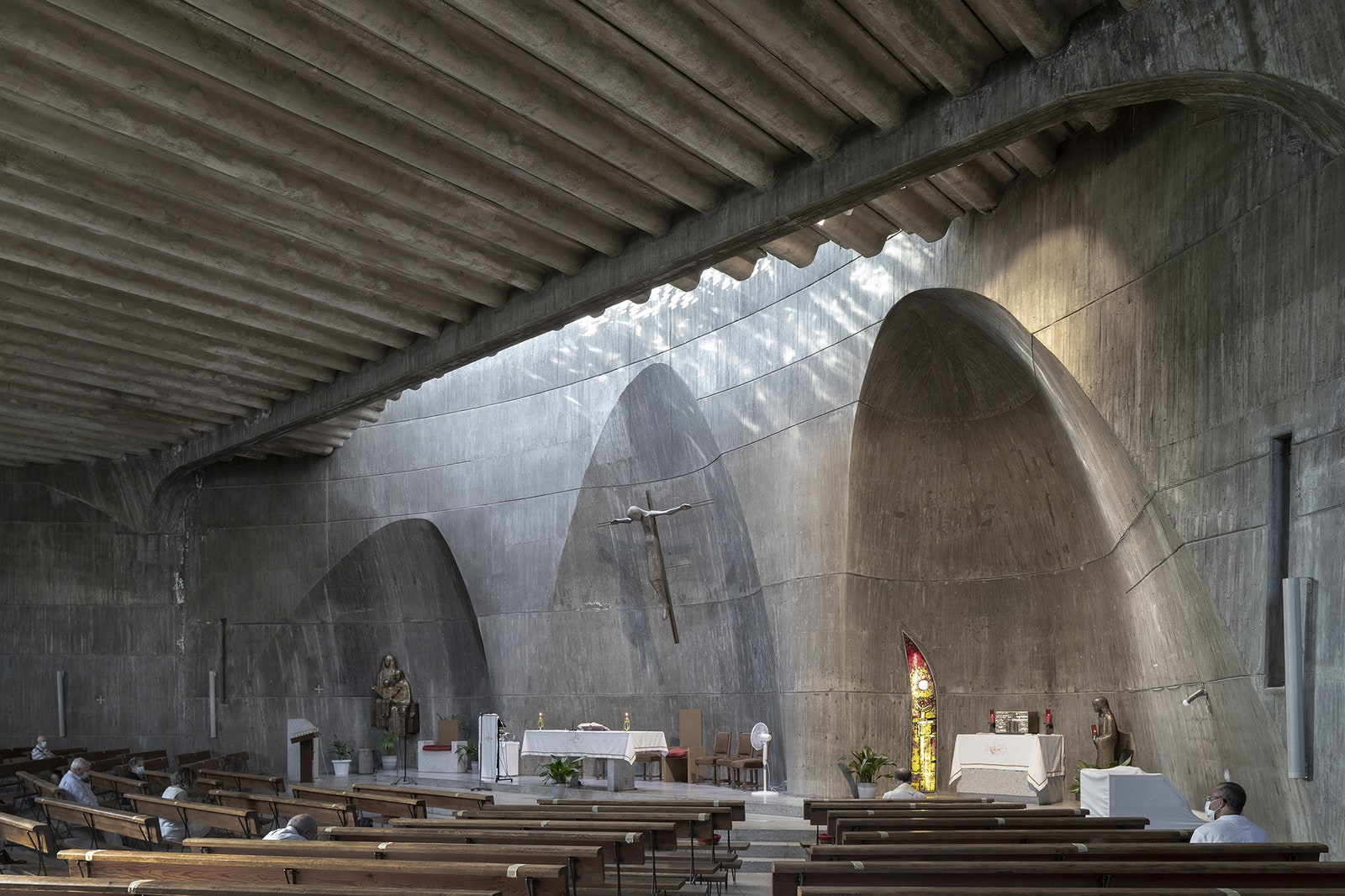 Church of Santa Ana y la Esperanza. 19651966 .