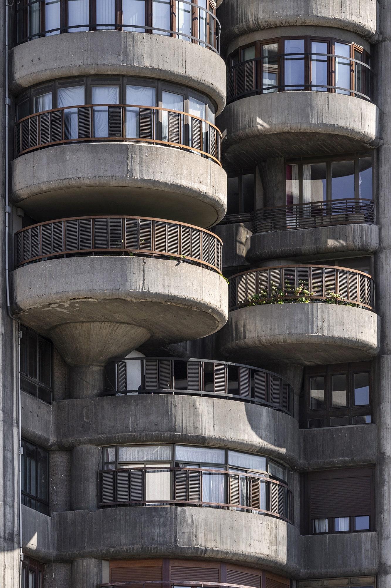 . Torres Blancas. 19611969 .