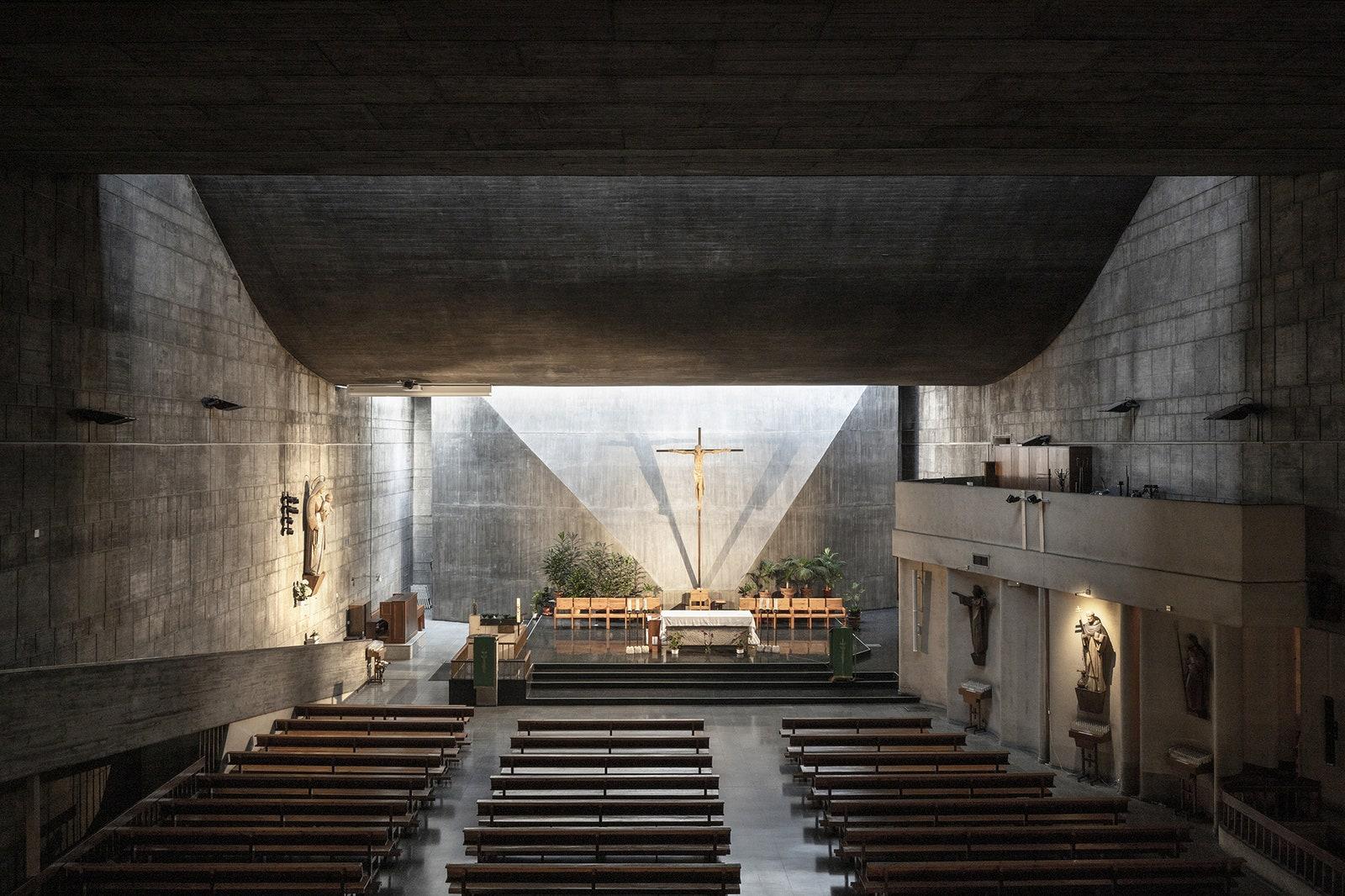 Church of Nuestra Seora del Rosario de Filipinas. 19671970 .