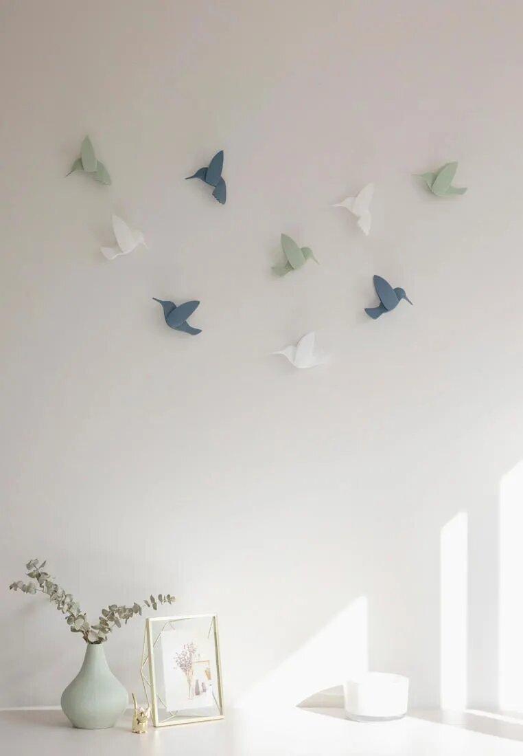 Hummingbird 808 .