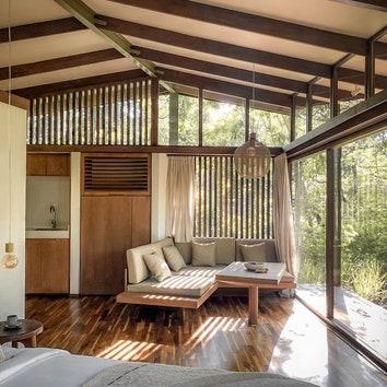 Дизайнерский домик из переработанных Tetra Pack