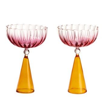 Serena Confalonieri_Calypso_champagneglasses_still..jpg