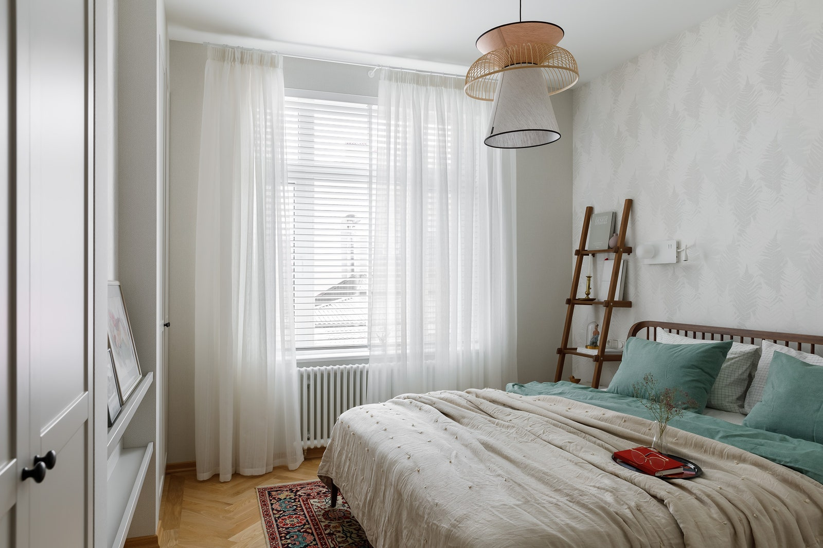 .  Ethnicraft  Teak House  Market Set    Ideal Lux  HampM Home   Morpheus     Sahco          Borstapeter.