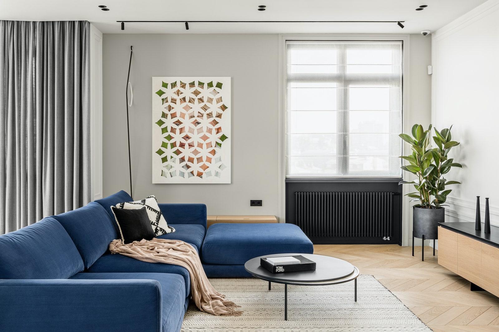 .  Woo Furniture  BoConcept       Korso  Flos     .