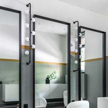 """Зал """"Стиль"""". Кресла, Welonda; мебель исвет выполнены поэскизам RZDA & interiors вPerfetto Interiors; плитка, Vives."""