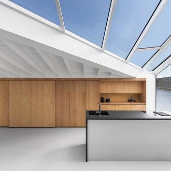 065-HR-11_Floating_Home_Schoonschip_residential_interior_kitchen_i29.jpg
