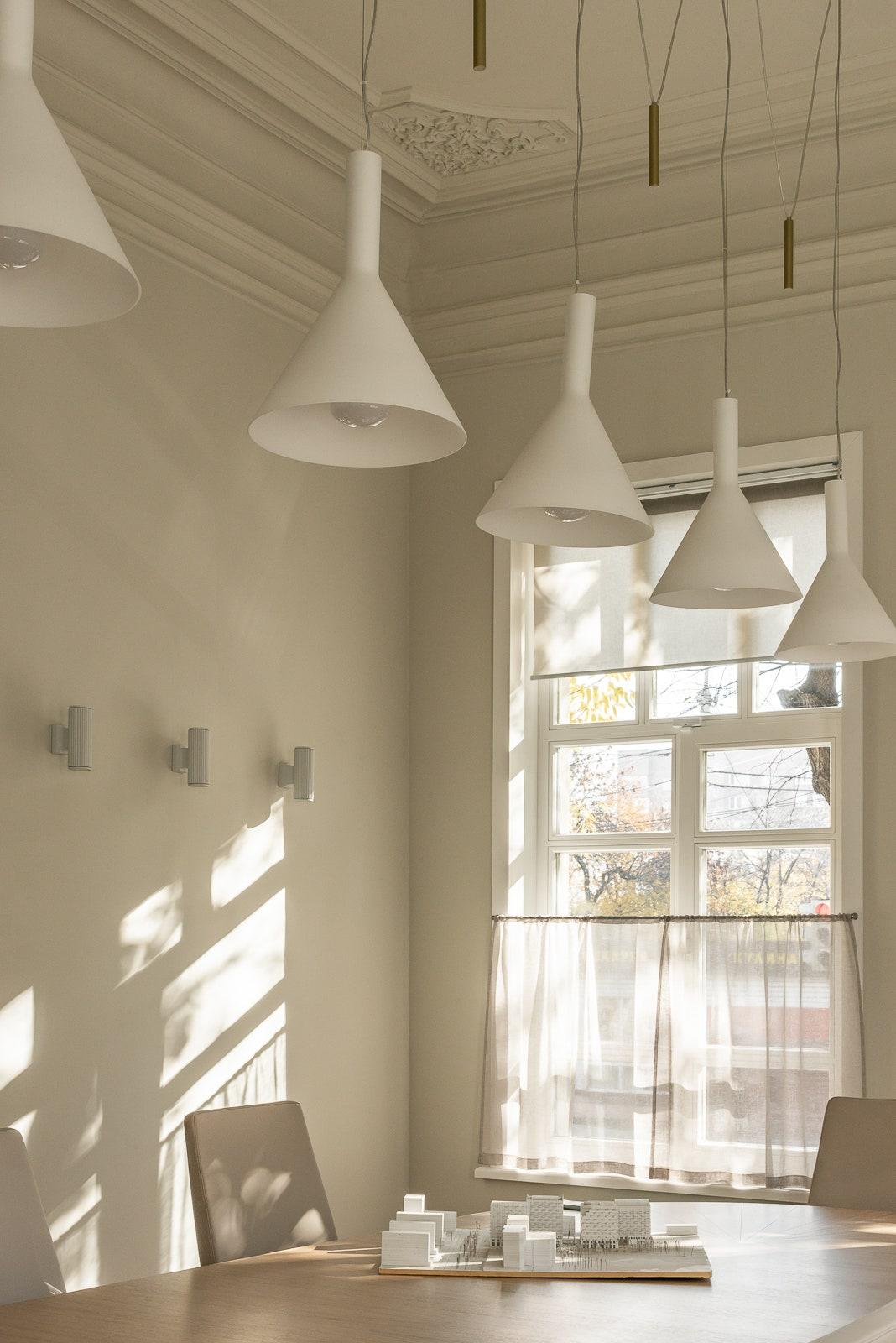 .  Ideal Lux               PRSPKT Architects.