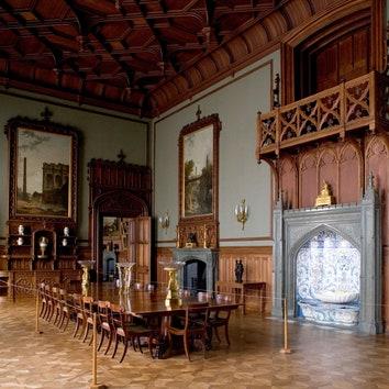 Жизнь по-королевски: 5 самых красивых дворцов России