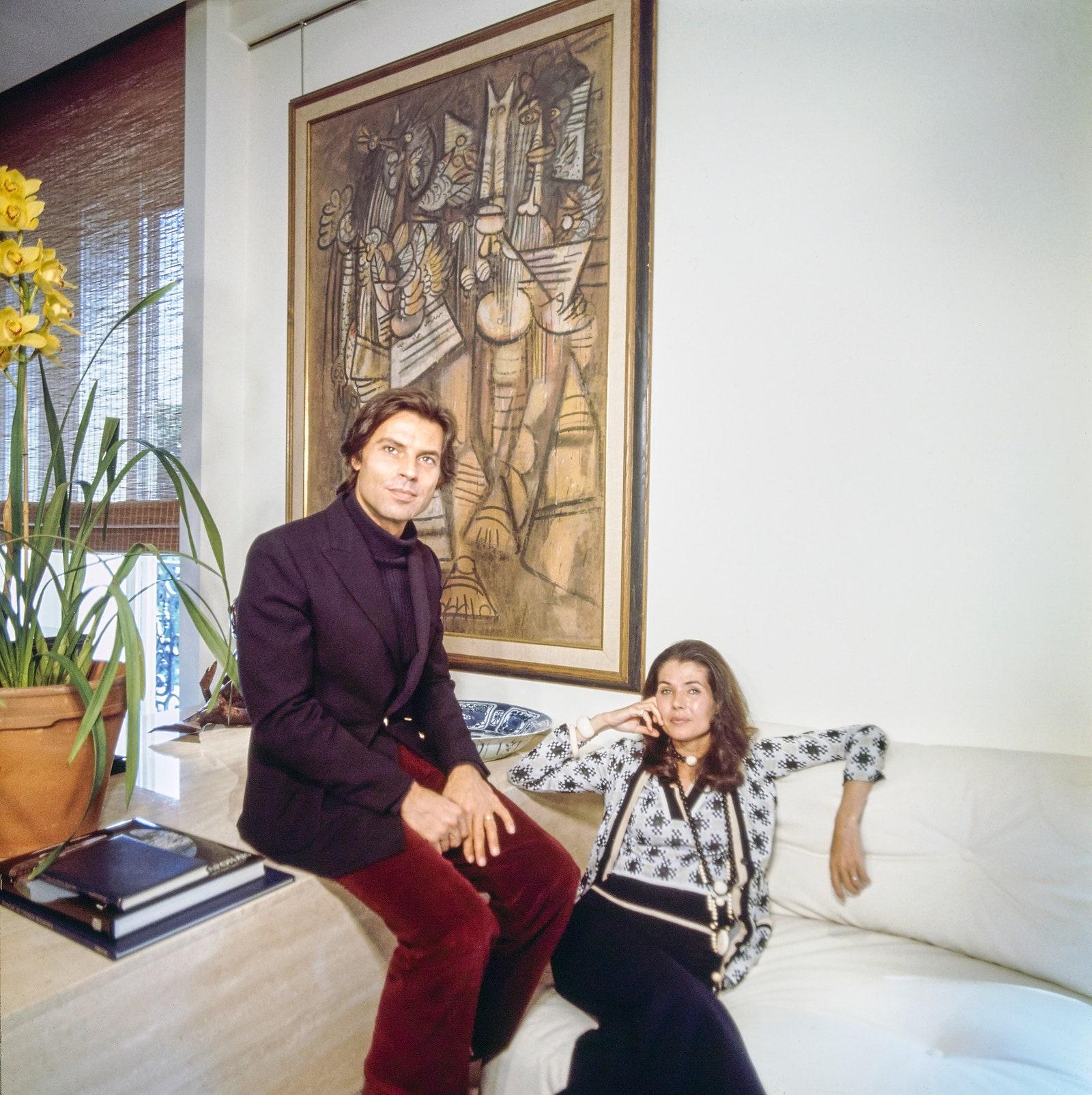 Vogue 1975.       .