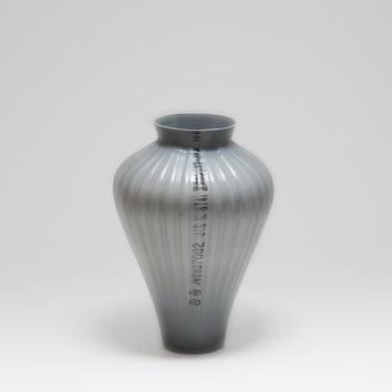 Вазы из переработанных пластиковых труб