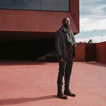 Архитектор Дэвид Аджайе награжден золотой медалью RIBA