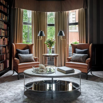 Как оформить гостиную в английском стиле: вдохновляющие примеры и подходящие предметы интерьера