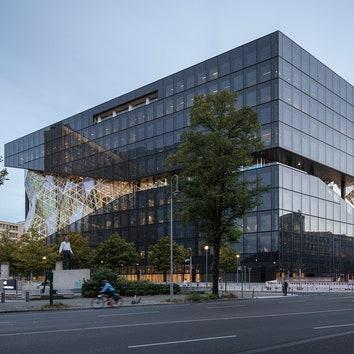 В Берлине открылось новое здание Axel Springer по проекту OMA