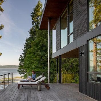 Пляжный дом на сваях в штате Вашингтон