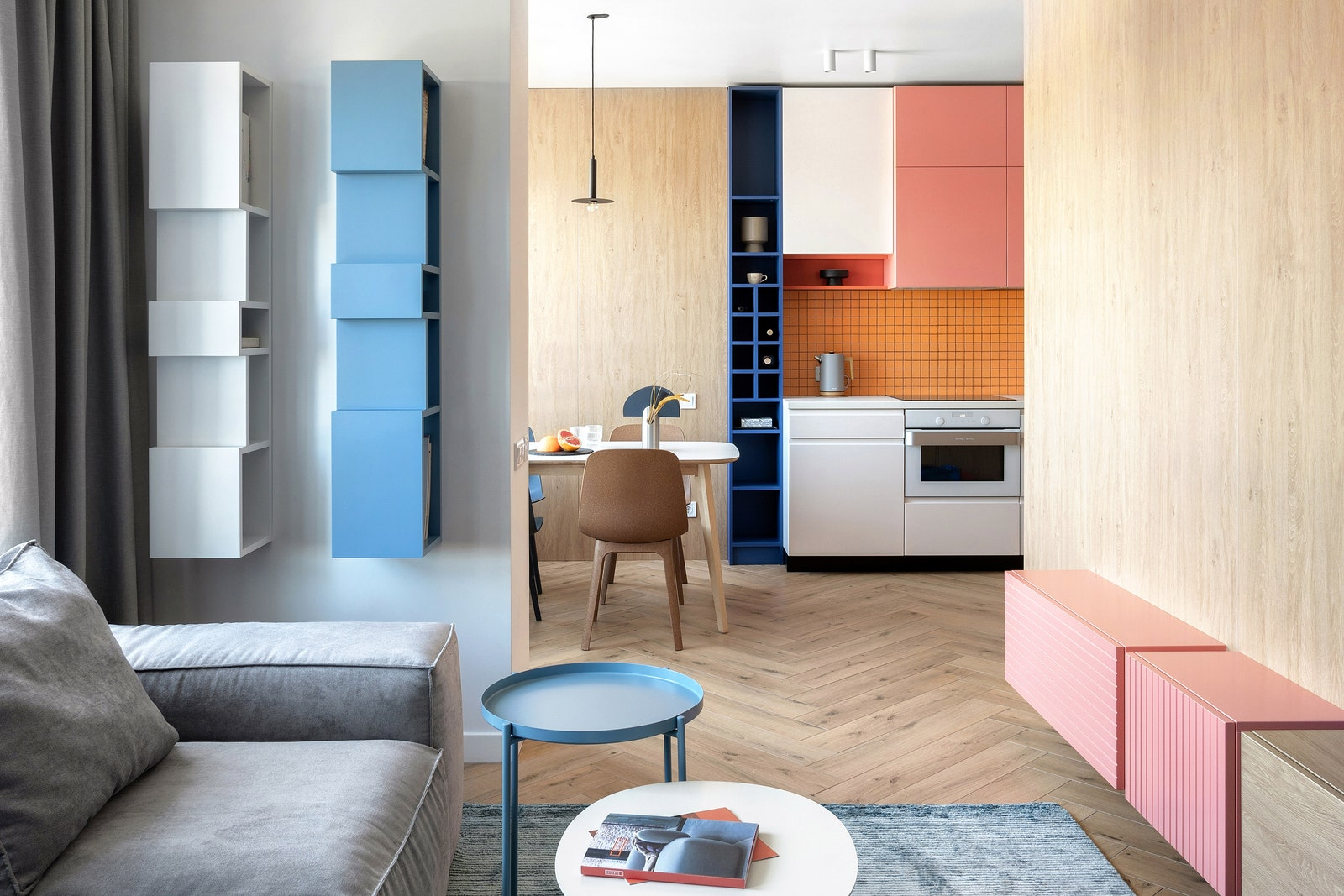 .    Interia  Ecocarpet    Woo Furniture     IKEA.           Rako.