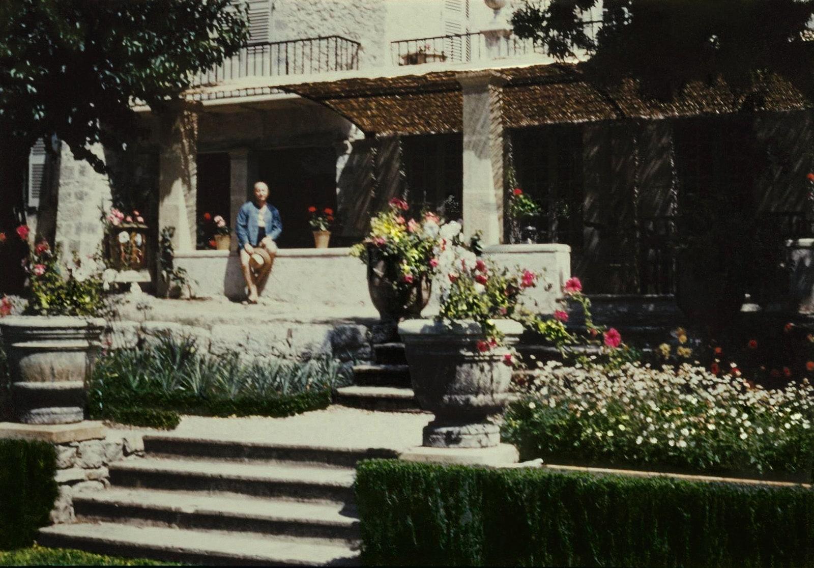 Chteau de La Colle Noire 1955 . Collection Muse Christian Dior Granville.