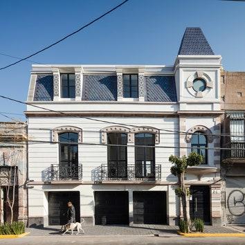 Реконструированный особняк 1910 года в Мехико