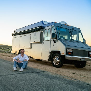 The Chef in a Truck: Ritz Paris и Netflix представляют сериал про путешествие шеф-кондитера Франсуа Перре