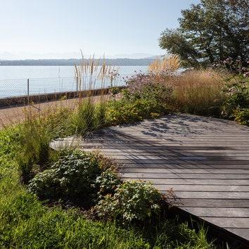 Сад для вымышленного владельца по проекту Bureau