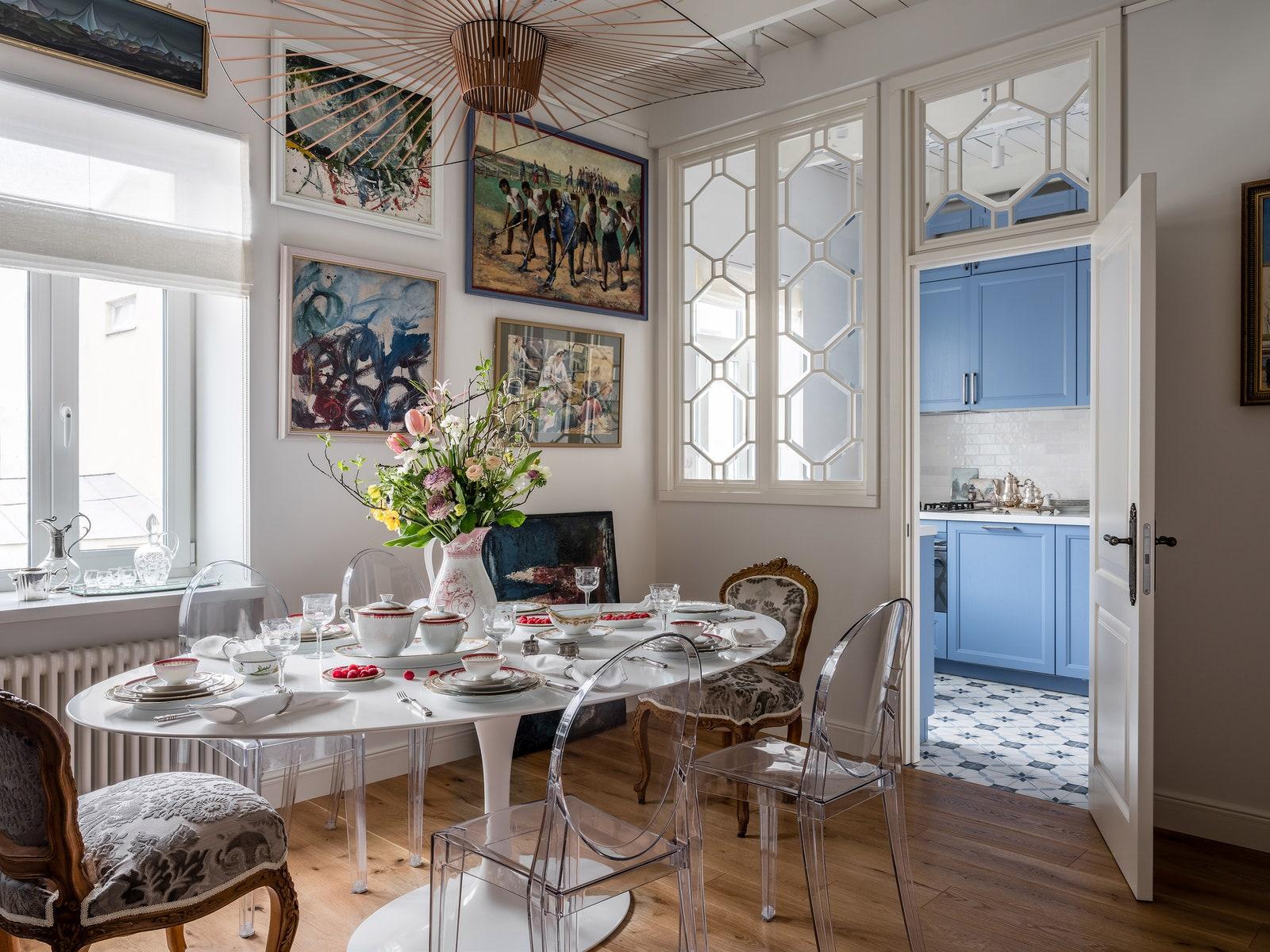 .   Saarinen Knoll  Victoria Ghost    Vertigo Petite Friture   Luxury Floors  Leicht Moscow       Equipe Termokit.