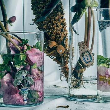 Съемка AD: цветы и драгоценности к 8 Марта