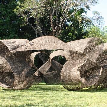 Павильон в честь Джеффри Бавы по проекту Кенго Кумы
