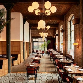 Ностальгический интерьер ресторана Le Crocodile в Бруклине