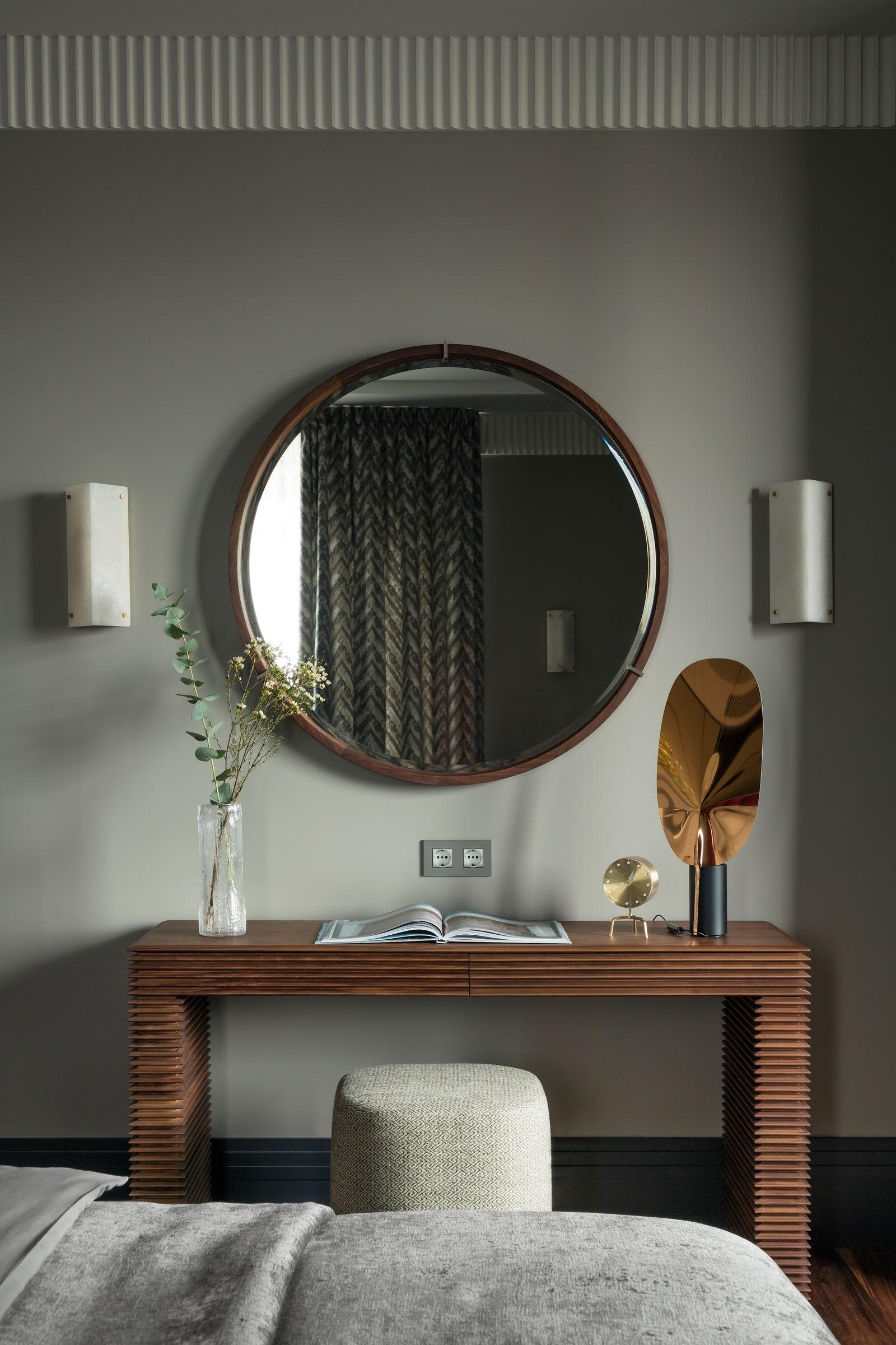 .    Porad  Mariescorner     Vitra   Flos  Visual Comfort amp Co.       .